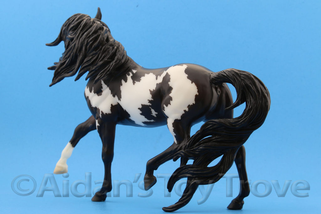 Breyer Samba Surprise 711238 Matte Black Pinto