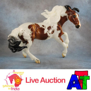 Breyer Glossy Bay Pinto Nokota BreyerFest 2017 Live Auction Lot