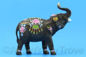 Breyer Holi 711278 BreyerFest 2017 Elephant