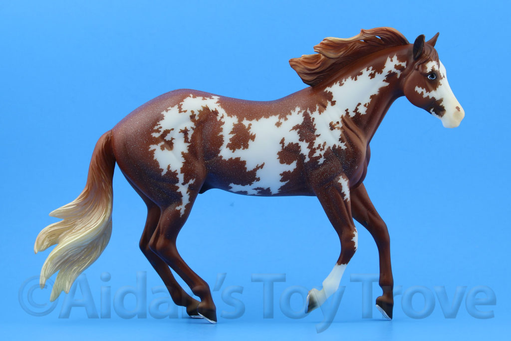 Breyer Bollywood Surprise Chestnut Pinto 711257 BreyerFest 2017 Latigo