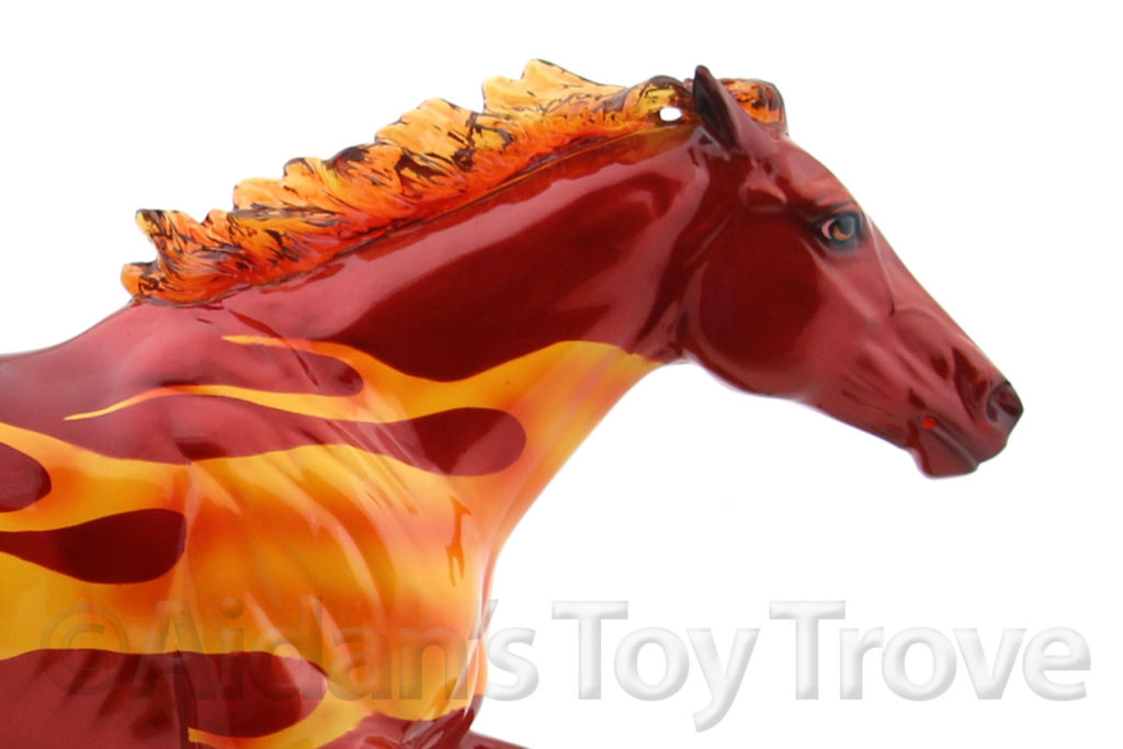 Breyer Dark Horse Surprise Glossy Decorator 711285