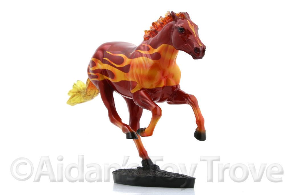 Breyer Dark Horse Surprise Glossy Decorator 711285