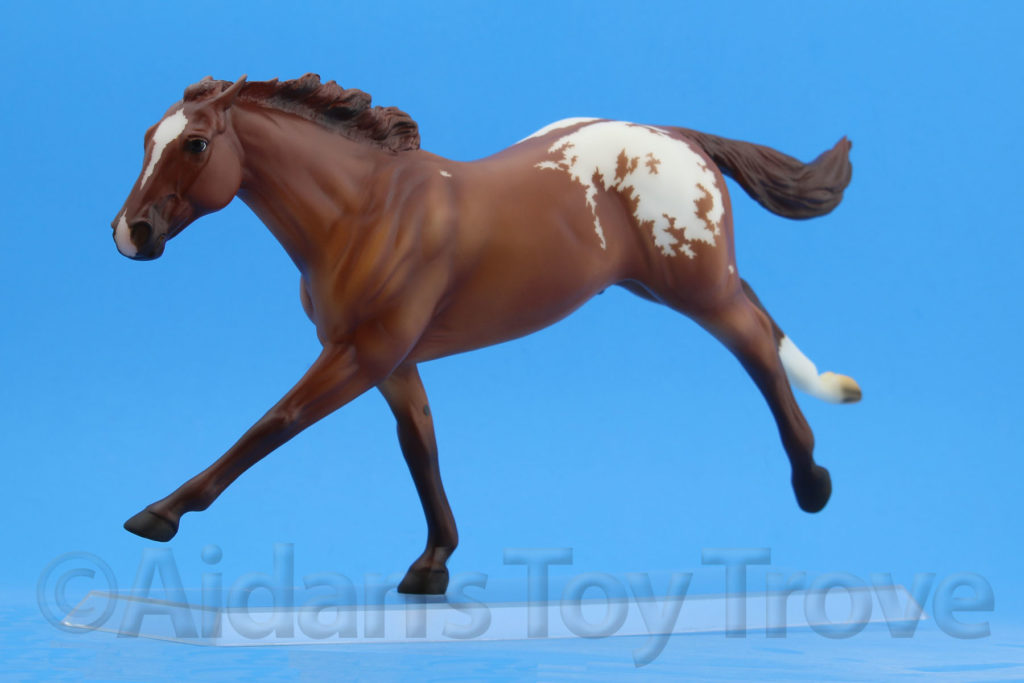 Breyer Dead Heat Chestnut 711286