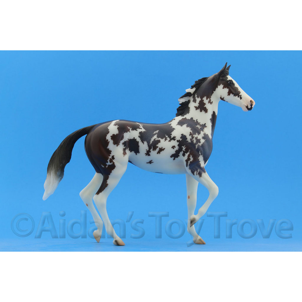 Breyer By a Nose 711290