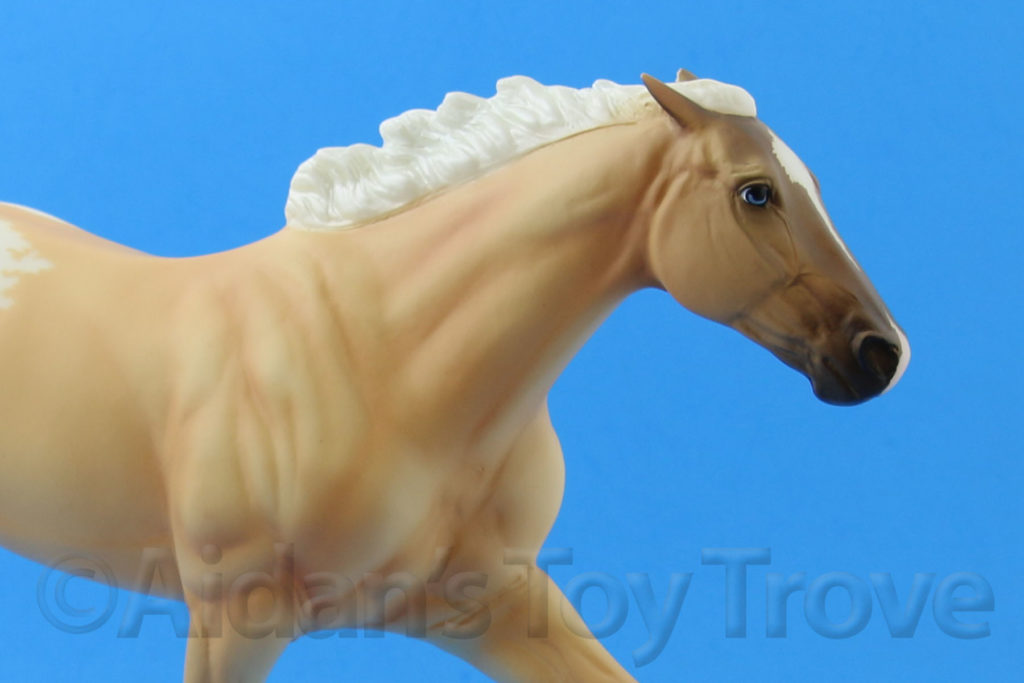 Breyer Dead Heat Palomino 711286